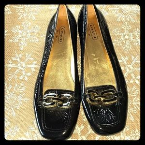 Lynnda Coach patent leather loafers - size 6B